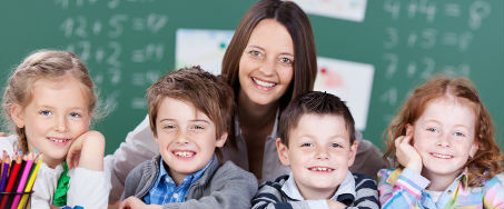 elementary-schools-students-teacher